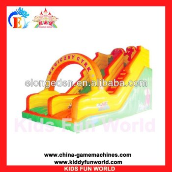 2016 Hot sale kids amusement playground inflatable bouncer,moonwalks adult bounce house, PVC air bounce