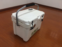 20L White Insulated fishing cooler box Rotomolded ice cooler box with Food Grade
