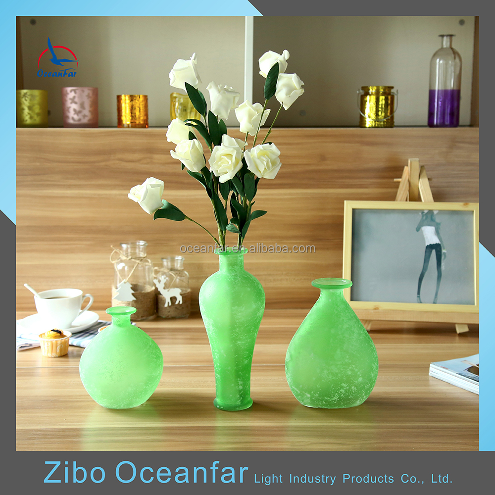 Eco-friendly Different Shapes Antique Glass Flower Vase Colored Frosted Glass Vase