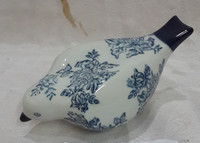 Blue and white ceramic bird decoration, glazed animal home deoration,glazed stoneware bird for home deoration