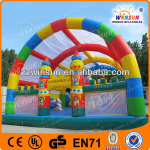 Amusement park inflatable giant bonce with sunshade cover