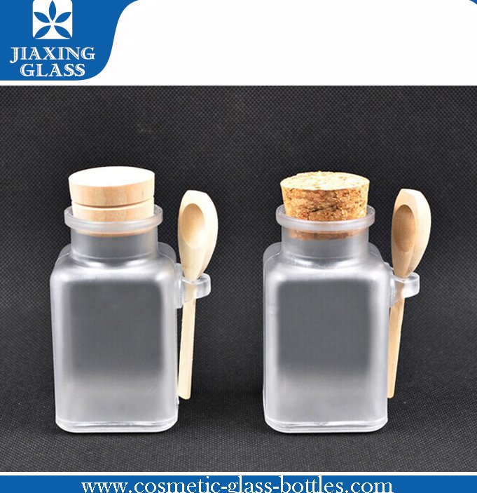 Square/Round Clear Plastic Bottle Empty Plastic Jar For Spices And Herbs With Wood Cap