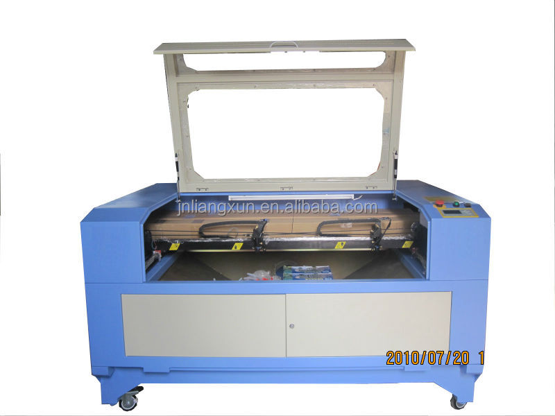 Companies looking for distribution! double heads CO2 laser wood crafts canvas painting engraving machine eastern