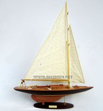 COTTON BLOSSOM II SAILING YACHT MODEL - CRAFT BOAT