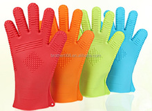 2016 newest bigger size thicker,anti-slip best sell FDA silicon BBQ glove