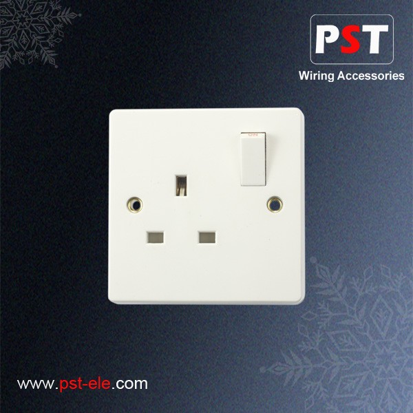 UK Type 13A 1 Gang Switched Socket Outlet,Single Pole