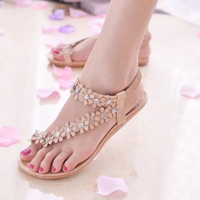 2017 Rhinestones Flowers decoration women summer flat shoes elastic band Clip toe <strong>sandals</strong> latest ladies <strong>sandals</strong> designs