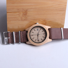Fashionable engrave wood case genuine leather band quartz watch