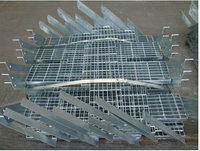 30x3 galvanizced low carbon steel grating or grates or grate stair steps & staircase & stair tread