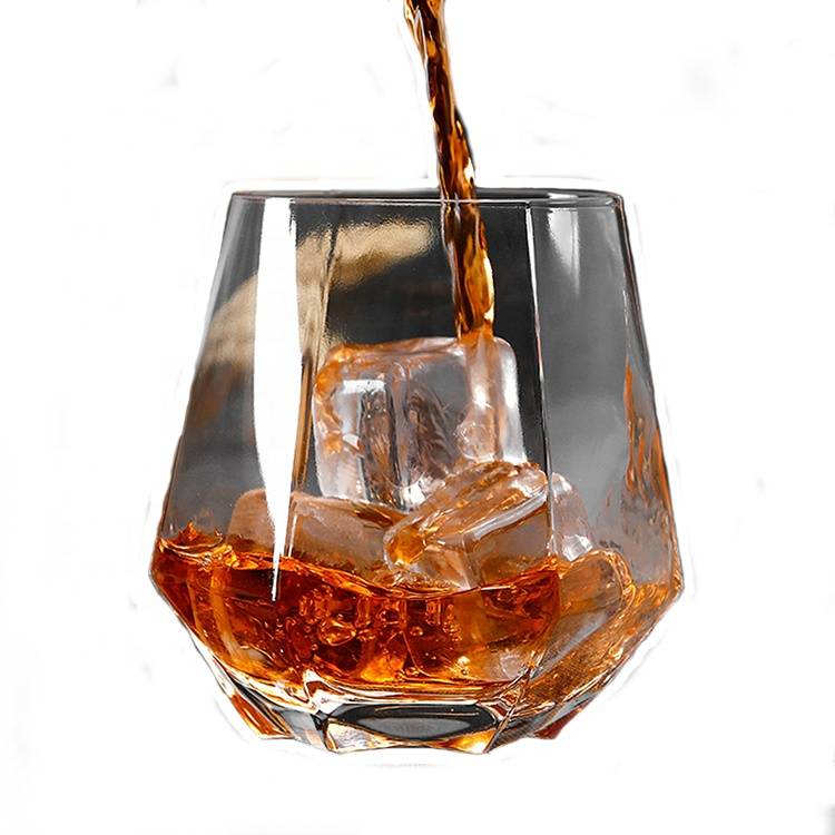 Old fashioned hex clear <strong>glass</strong> cup for whisky drinking with a heatresistant