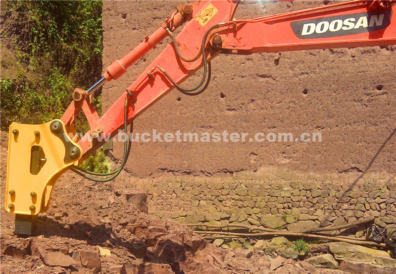 Favourable comment by customers RSBM- hydraulic rock breaker for sale