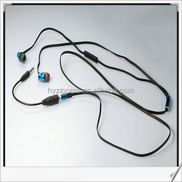 Noise Cancelling Microphone Function and 3.5mm Connectors Zipper Headphone headset
