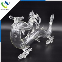 china famous brand eco-friendly 750ml dragon shape glass liquor bottle with beautiful look
