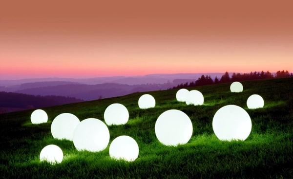 attractive-ball-outdoor-lighting-indirect-lighting-for-the-garden-0-647076307.jpeg