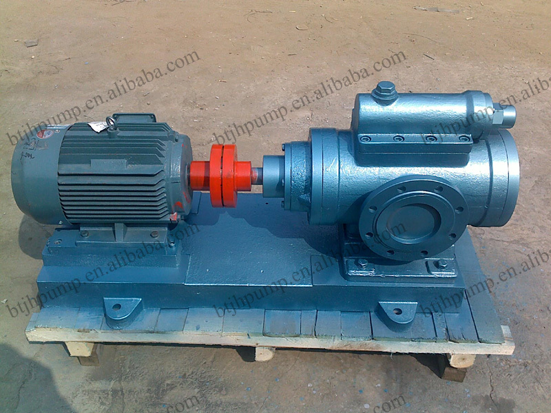 Electric Motor Lubrication Port