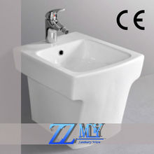 Fashionable ceramic sanitary ware bathroom toilet bidet