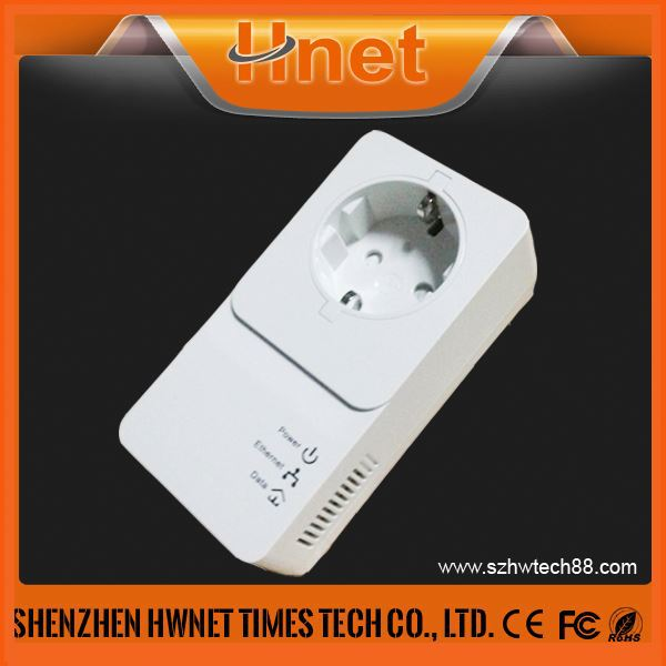hot new products for 2015 600mbps passthrough Wifi homeplug AV PLC adapter Wallmount powerline with Qualcomm QCA7450