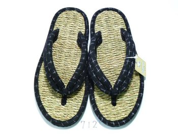 price dowm for falling in the exchange rate japanese clogs sandal 712