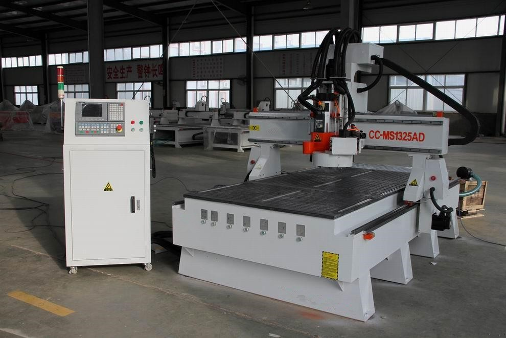 High quality auto tool change cnc router with servo motors