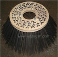 Wire gutter brush with wooden plate