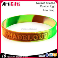 China manufacturer custom embossed colorful wristbands