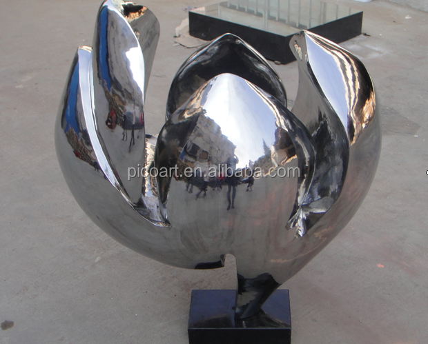 Metal sculpture new design stainless steel&nuts polished sculpture