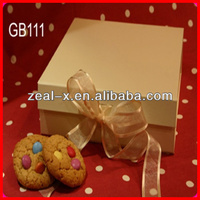 Eco-friendly Paper Chocolate Cookie Stock Food Folding Boxes With Wibbon Closure