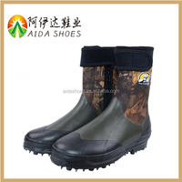 good quality women rubber spike sole neoprene fishing boots wholesale