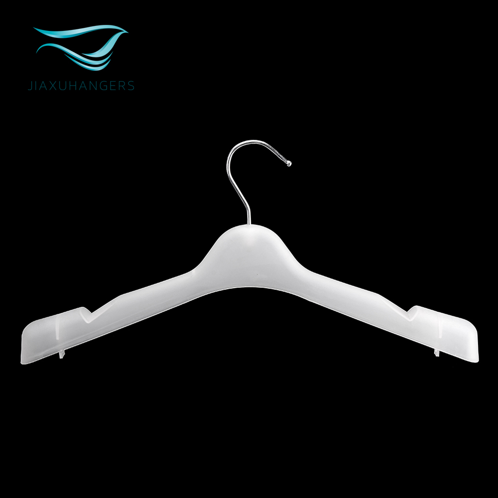Wholesale high quality plastic suits hanger