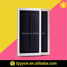 Fast charging monocrystalline silicon panel 8000mah dual USB portable mobile solar chargers for cell phone