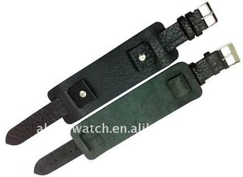 Macho leather belt