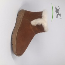 High quality fashionable sheepskin russian winter boots