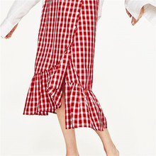 2017 newestFront button fastening red plaid skirt with frill detail