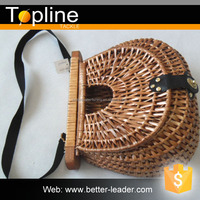 FW201-3754 cheap willow fishing creel wicker baskets with lid