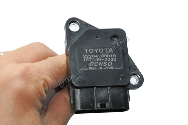22204-30010 Made in Japan Air mass flow sensor flow meter air fit for Toyota Hiace 197400-2030