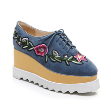 2017 China factory women casual lace-up platform shoes embroidery women casual shoes