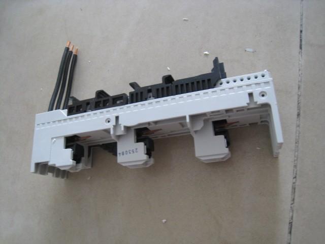 EATON MOELLER BBA0-32 Moeller Busbar Adapter