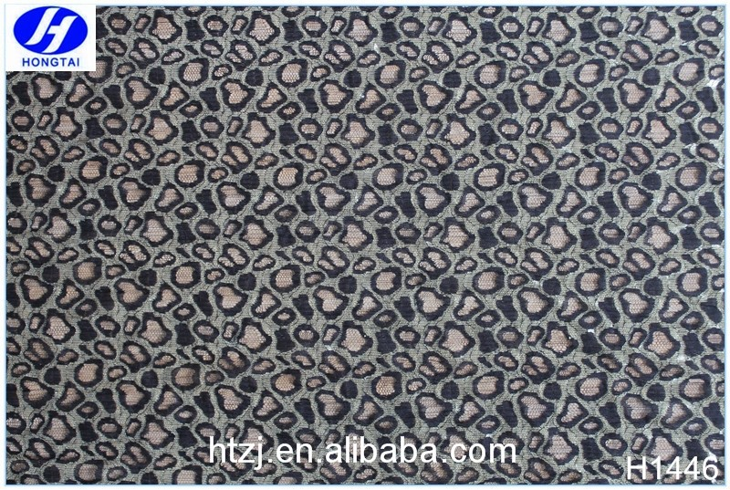 Hongtai Polyester Beautiful indian george lace fabric in Fuzhou