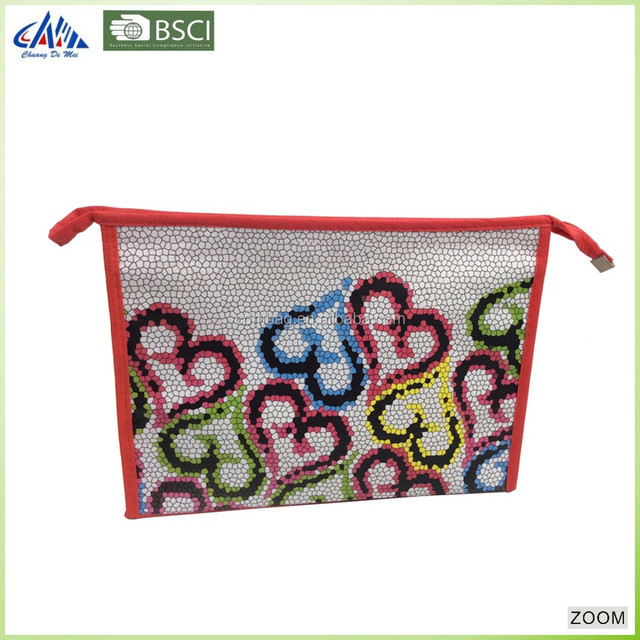 China Wholesale custom PP non woven laminated Cosmetics and Toilet Bag