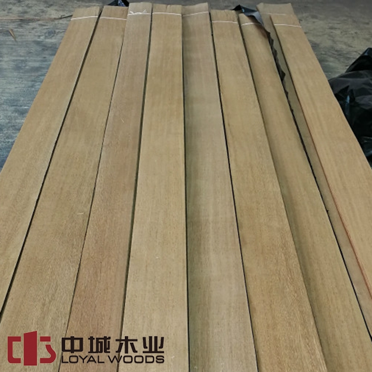 High quality Lati wood veneer quarter Log run for furniture