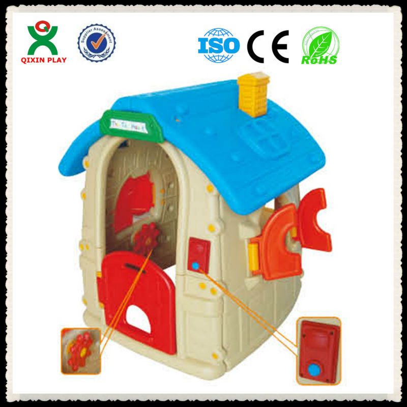 Eco-friendly and lovely plastic playhouse/playhouse children/play houses QX-B3702