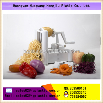 Plastic vegetable turning spiral slicer with three blades,Manual rotary tri-blade spiral vegetable slicer