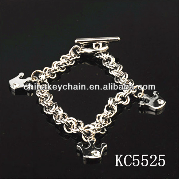Crown Design Keychain Key Holder Long Chain