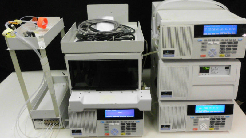 Perkin Elmer Series 200 Six-component HPLC system: Excellent Condition