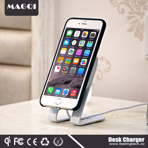 Hot Selling Magnetic Induction Charging Phone For Iphone Android
