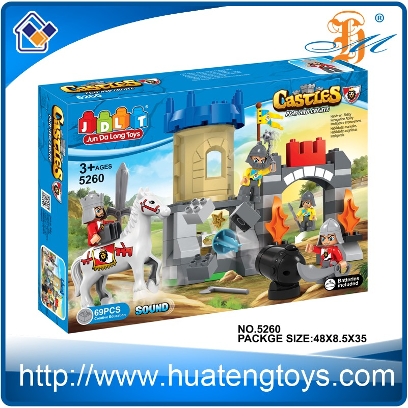 New design DIY plastic castle playhouse building blocks toys for kids
