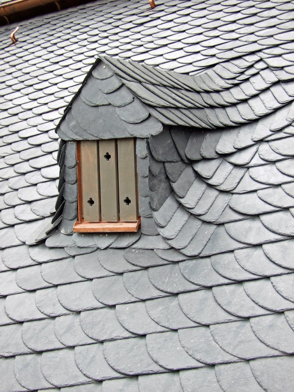 natural stone roof covering tiles black slate roof coating