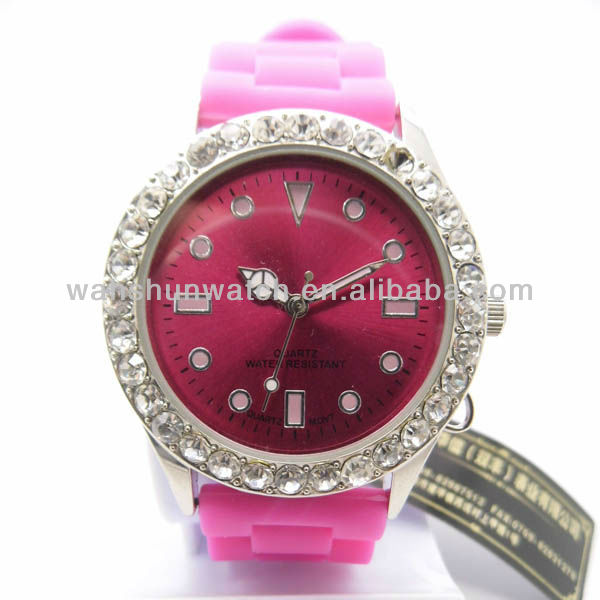 2013 Trendy silicone band stone wrist watches for ladies