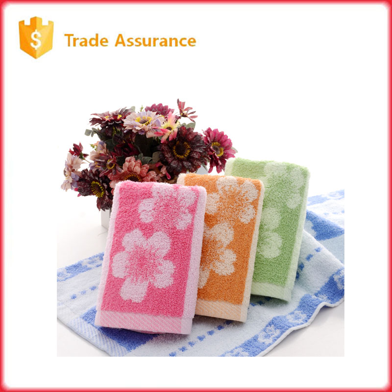 adults cotton bath towel with pink flower picture