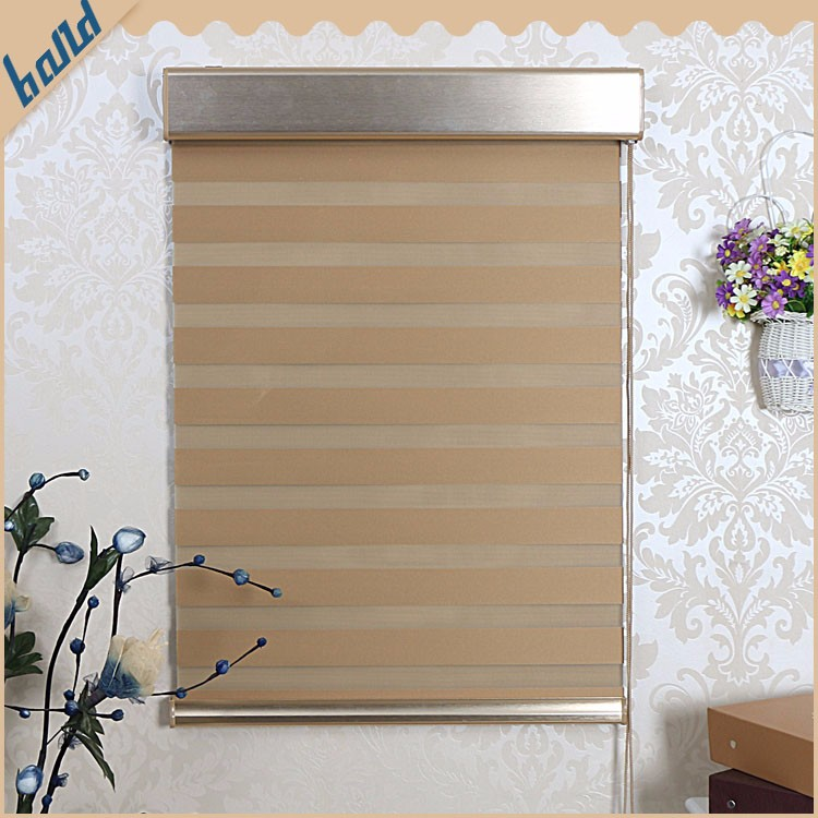 Adjustable Fabrics Yarn Outdoor Vinyl Roller Shade Supplier